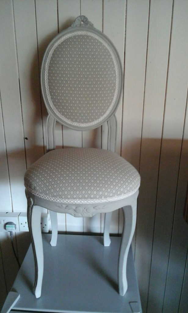 photos video small and bedroom photo ottoman chair